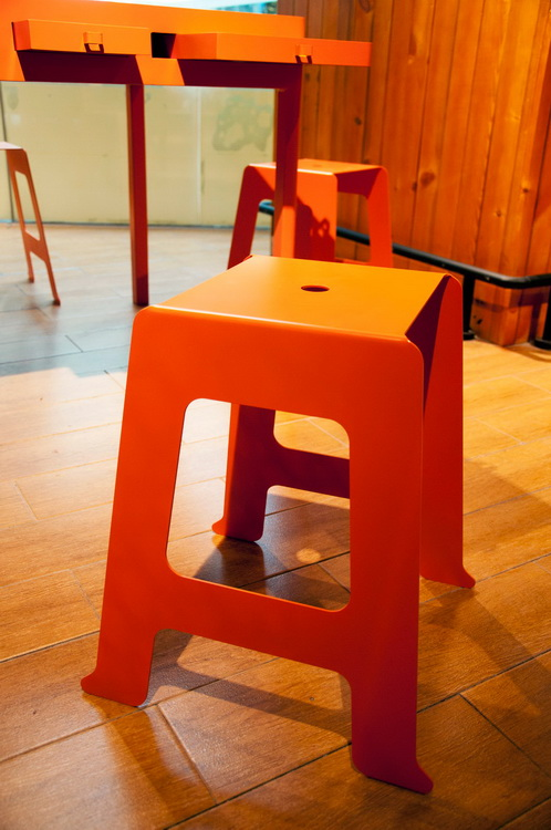 DROOG-exhibition_02_stool
