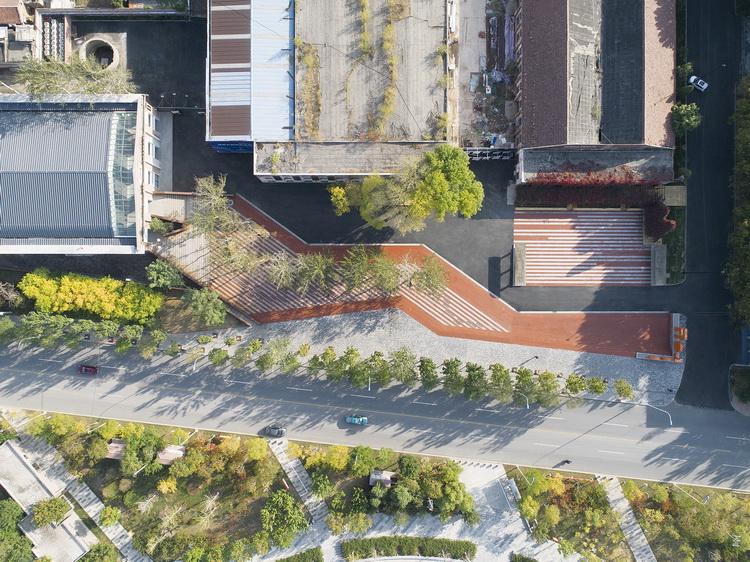 01-改造后的广场鸟瞰