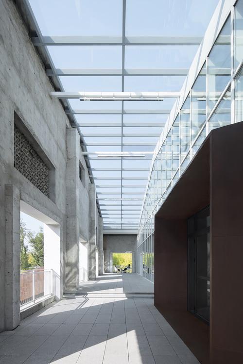 20-玻璃天光门廊