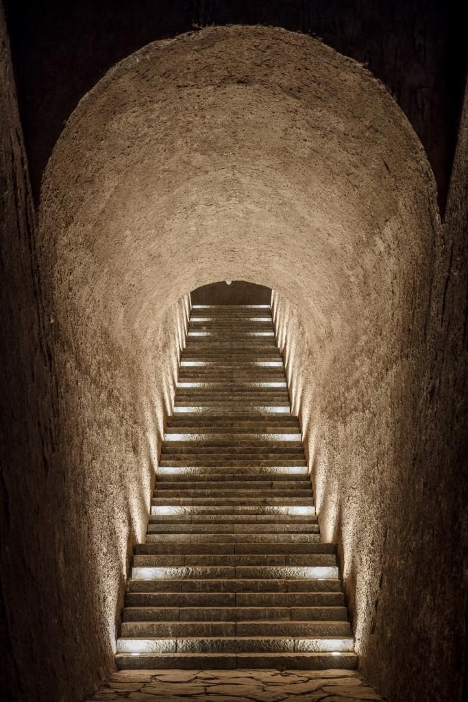 13 上山隧道与石梯