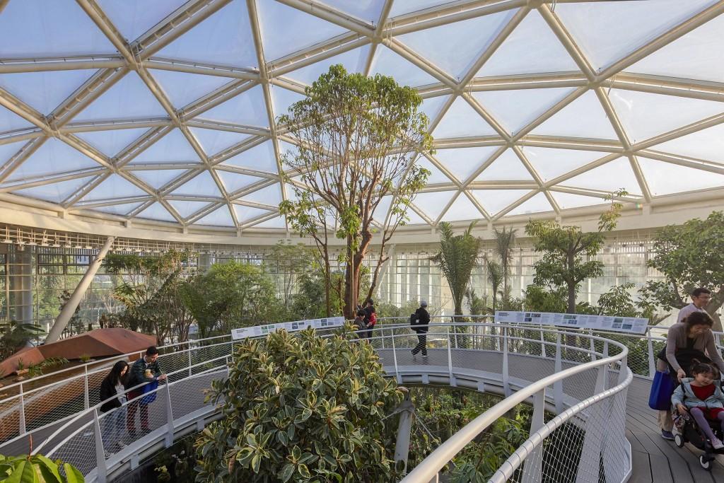 温室内空中步道及屋顶ETFE采光顶